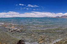 """这是西藏三大圣湖之一的""""玛旁雍措"""",在阿里地区的普兰县。今年有机会去看看,是件很开心的事儿。如果你有"""