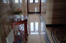广东廉江市横山的梦达酒店,性价比超高的酒店,装修很高大上,酒店服务人员态度很好,房型很多选择,价钱合