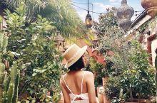 【The Grounds穿越摩洛哥拍照穿搭】 继灰姑娘主题后The Grounds又有新布景啦!跟着