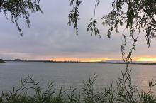 南海潮湖落日余晖
