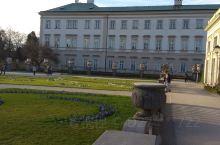 电影《音乐之声》的著名外景拍摄地-米拉贝尔宫殿和花园