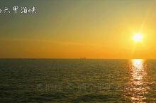 马六甲海峡著名的清真寺,夕阳下听海风。 马六甲海峡清真寺