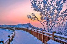 冬天到白石山,银装素裹,格外妖娆