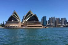 提到悉尼,大概全世界人民第一个想到的都一定会是闻名于世的悉尼歌剧院了,虽然已经在各种媒体上见到过无数