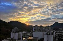 兴文·宜宾 四川兴文,西南地区的一座非常适合居住的小县城,有美景、美食、美人。