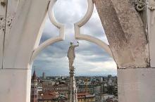 大理石的诗篇~~米兰大教堂