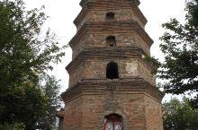 建于北宋仁宗年间,为曹皇后思乡而建,故又称曹皇后塔。又说为定光和尚淳化年间(990—994)坐化)似