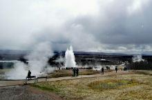 冰岛的地热间歇喷泉