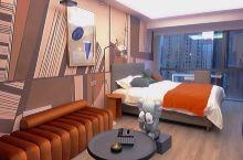 房间消毒很到位,设计的风格很喜欢位子好找好方便啊谢谢老板么么哒