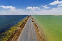 置身梦幻中的双色湖—西台吉乃尔湖