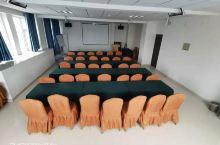 会议室60人