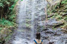 景德镇|每年夏天必去的神仙瀑布  景德镇东北郊有一座古村——北安村,村庄附近有一个仙人桥瀑布,是每年