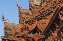 泰国芭提雅|鬼斧神工的寺庙电影取景地