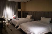 青海格尔木凯瑞邦斯大酒店