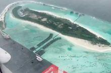 马尔代夫航拍,大海都是浅浅的蓝色,颜色超级漂亮~~~