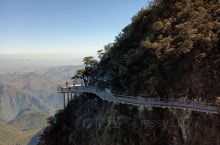 年头去了一趟湖南莽山国家森林公园游玩,一天来回,全程高速很方便,景区风景不错,建议从东门进去,可以乘