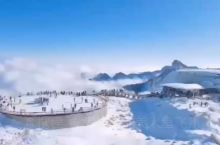 愉悦的Morning[太阳][太阳] 最近的遥远 —— 达古冰川  中国机长取景地 海拔𝟒𝟖𝟔𝟎米