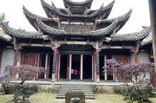 不同于江南水乡古镇的廿八都古镇