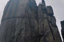 莲花峰的冰川痕迹