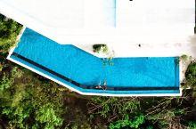第20集/丛林深处发现一处无边泳池别墅