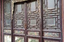 以木雕砖雕闻名天下的三原周家大院