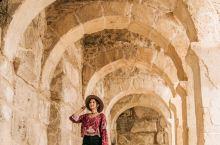 土耳其 | 探访古罗马剧场   阿斯潘多斯古剧场 位于 安塔利亚 东部,距离市中心47公里左右,始建