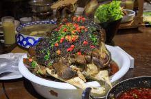 贵州美食整个牛头端上桌!