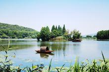 【江苏·无锡·鼋头渚】鼋头渚是横卧无锡太湖西北岸的一个半岛,因巨石突入湖中形状酷似神龟昂首而得名,鼋