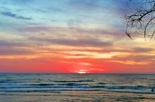 未开发的原生态海岛小镇,醉美夕阳。