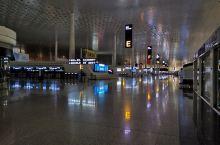 机场航站楼夜景