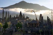 巴厘岛的布撒基神殿,只一眼就能够让人肃然