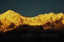 梅里雪山~日照金山