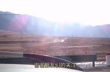 在鸭绿江边,有一个风景秀丽的朝鲜村庄,看看是啥样?