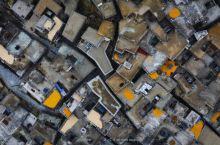 四川云南交界处的古村,与世隔绝300年,全村屋顶相连睡觉不关门   俄亚,当时第一次听到这个名字是在
