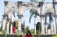 这是一座巴厘岛上百年历史的皇宫!