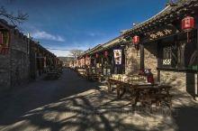 青龙古镇位于山西省阳曲县与尖草坪区相邻的侯村乡,该村紧傍208国道、北同蒲铁路和大运高速公路,交通极