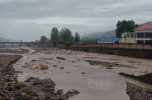 几天强降雨,河流水流湍急,真是壮观!