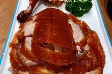 推荐烤鸭、炖吊子、黑糖麻酱饼