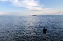 伊斯坦布尔海峡的下午时光