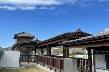 純檜木建造的三塊厝火車站