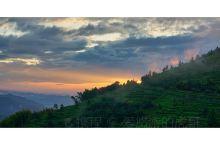 杭州富阳安顶山,一览钱塘行盛。
