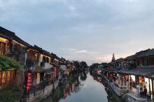 春秋的水,唐宋的镇,明清的建筑,现代的人