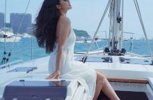 """坐着帆船出海 和你们一起追赶日落 · """"关于日落 关于大海 关于你们 """" 作为南方人每次看到海的时候"""