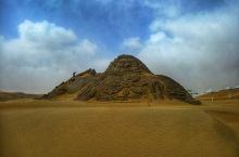 听沙子在说话~ 当然是听不见啦… 设施非常齐全的沙漠乐园~ 玩沙爱好者的最爱~