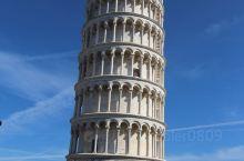 奇迹广场上的比萨斜塔