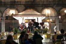 #笑著溜達世界#威尼斯圣马可广场的鸽子
