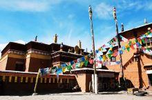 """科迦寺,藏传佛教萨迦派寺院,位于西藏自治区阿里地区普兰县科迦村。寺院主要建筑为觉康和百柱殿,两殿呈"""""""