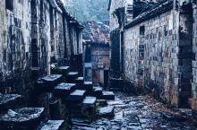 横路古村地处磐安县东北方向约45公里处,关于横路村的历史记载并不太多,但至少已有600多年的历史。