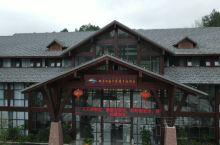 三百山景区位于江西省安远县境内,是安远县东南边境诸山峰的合称,地处赣、粤、闽三省交界处,是国家级风景