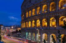罗马斗兽场夜景流光溢彩